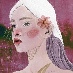 Ritratto di ragazza con capelli bianchi e viola e un fiore all'orecchio